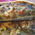 Frische Gemüsequiche Quiche ist eine Spezialität der französischen Küche, die ursprünglich aus dem Raum Lothringen stammt